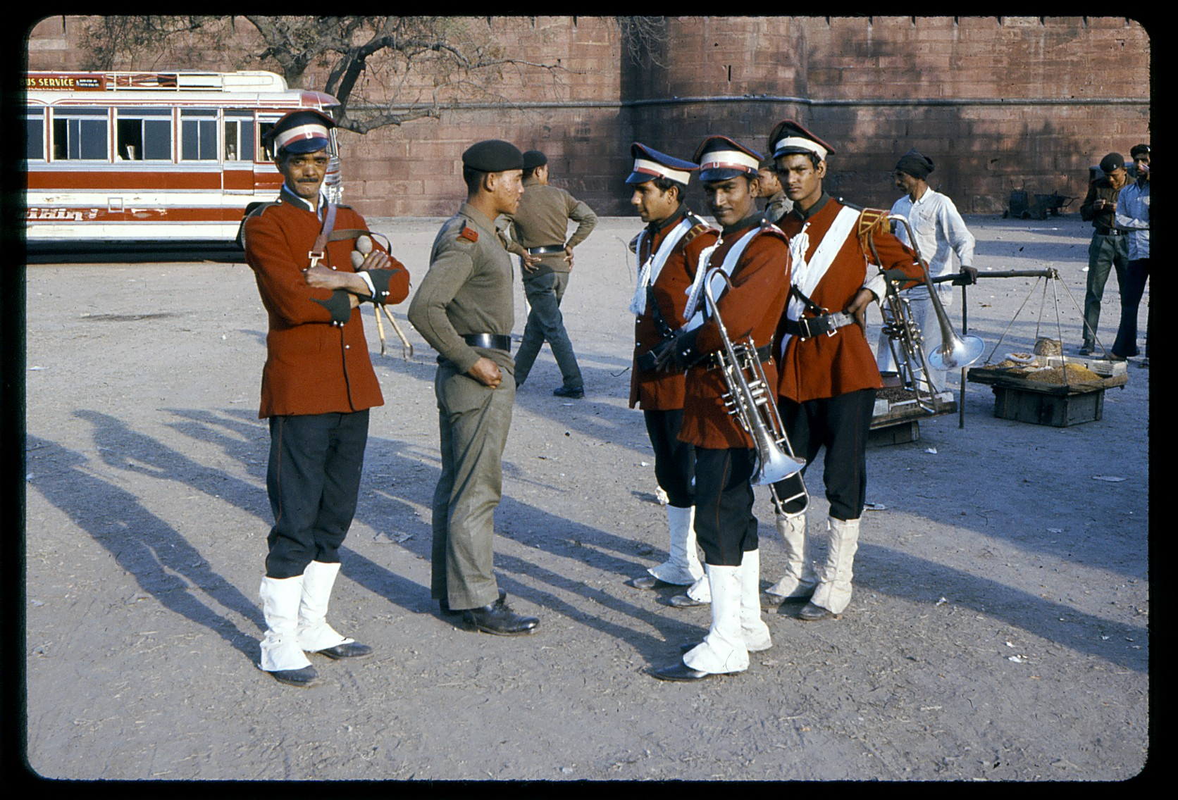 india1975-7